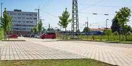 Traunstein_Bahnhofplatz_2a-b_9014.jpg