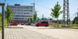 Traunstein_Bahnhofplatz_2a-b_9016.jpg